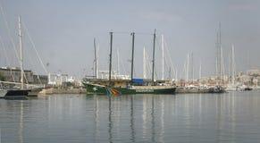 Nave de Rainbow Warrior Greenpeace Imagen de archivo libre de regalías
