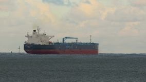 Nave del buque de petróleo almacen de video
