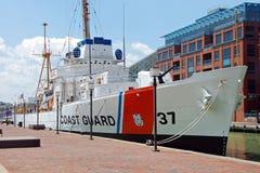 Nave del guardacostas de Taney en el puerto interno de Baltimore Foto de archivo libre de regalías