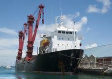 Nave del puerto de la ciudad de Nassau Fotos de archivo libres de regalías