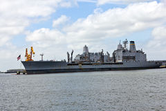 Nave della marina militare USNS Patuxent T-AO 201 Immagini Stock Libere da Diritti
