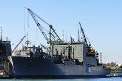 Nave di battaglia del blu marino degli Stati Uniti Fotografia Stock Libera da Diritti
