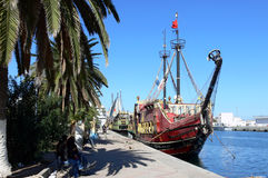 Nave di pirata in porto Fotografie Stock