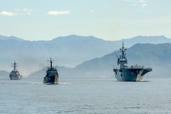 Nave di SLNS Samudura P621 Sri Lanka, nave di JS DDH-182 Ise Japanese, nave di USS Stockdale DDG-106 Stati Uniti fotografia stock libera da diritti