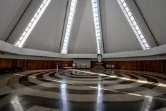 Nave e espiral no templo da benevolência - boa Vontade de Templo a Dinamarca - interior - Brasília, Distrito federal, Brasil imagem de stock