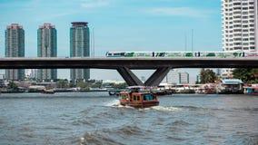 Nave e treno di alianti Fotografia Stock