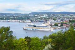 Nave en el fiordo de Oslo, Noruega foto de archivo libre de regalías