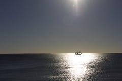 Nave en el mar abierto Foto de archivo libre de regalías