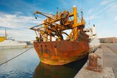 Nave en puerto imagen de archivo libre de regalías