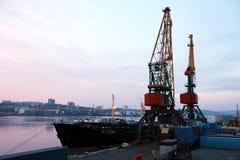 Nave en puerto Fotos de archivo
