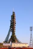 Nave espacial de Soyuz na plataforma de lançamento Imagens de Stock Royalty Free