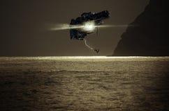 Nave espacial sobre o mar fotografia de stock royalty free