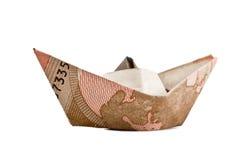 Nave hecha de billetes de banco euro Imagenes de archivo