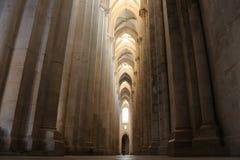Nave lateral w Alcobaça monasterze Obrazy Stock