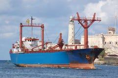 Nave nel porto di Avana Immagini Stock