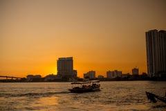 Nave passeggeri locale per la navigazione di turismo immagine stock libera da diritti