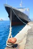 Nave in porta Fotografie Stock