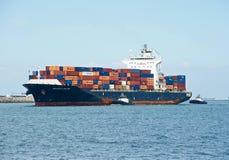 Nave porta-container del carico di Dalian della portata del mare fotografie stock