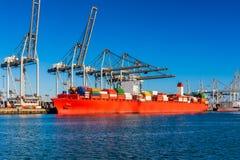 Nave porta-container messa in bacino nel porto di Rotterdam Fotografia Stock Libera da Diritti