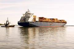 Nave porta-container nel mare Fotografia Stock Libera da Diritti