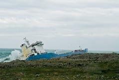 Nave trenzada de la gasolina en Sicilia Foto de archivo libre de regalías