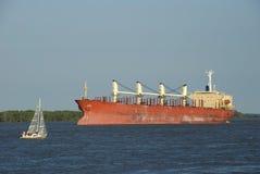Nave y barco de vela foto de archivo libre de regalías