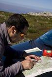 Navegação do mapa, trekking Fotos de Stock