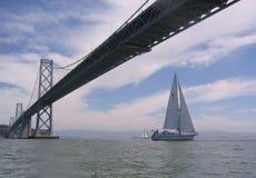 Navegación bajo la bahía Foto de archivo