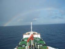 Navegación del buque de petróleo Foto de archivo libre de regalías