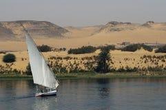Navegación en el río el Nilo Imágenes de archivo libres de regalías