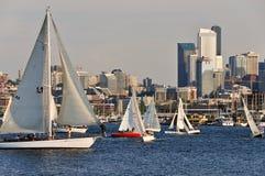 Navegación en la ciudad Imagen de archivo libre de regalías