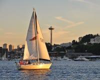 Navegación en la puesta del sol Fotografía de archivo
