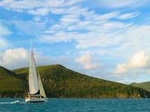 Navegación en las islas de Whitsunday Imagen de archivo libre de regalías