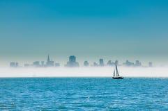 Navegación en San Francisco Bay Foto de archivo