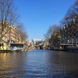 Navegación a través de Amsterdam Imagenes de archivo