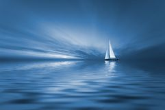 Navegación y puesta del sol Imagen de archivo libre de regalías
