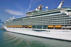 Navegador do navio do cruzador dos mares imagens de stock royalty free