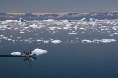 Navegando en la bahía del disco, Ilulissat Fotografía de archivo