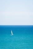 Navegando o mar Imagens de Stock