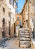Navelli, Dorf in der Provinz von L ` Aquila, in der Abruzzo-Region von Mittel-Italien stockbilder