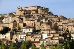 Navelli en medeltida stad i Abruzzo, Italien Arkivbild