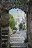 Navelli en medeltida stad i Abruzzo, Italien Royaltyfria Foton