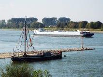 Naves del Rin - entonces y ahora Imágenes de archivo libres de regalías
