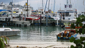 Naves en el Caribe Imágenes de archivo libres de regalías
