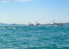 Naves en el horizonte Imagen de archivo