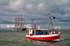 Naves en el mar Báltico en Rostock (Alemania) Imagen de archivo libre de regalías