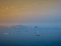 Naves en la bahía de Lima en Perú Fotos de archivo libres de regalías