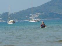 Naves en la bahía de Phuket Fotografía de archivo libre de regalías