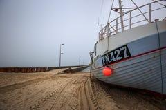 Naves en la playa de Lokken Foto de archivo libre de regalías