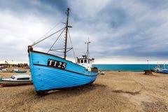Naves en la playa de Vorupoer Foto de archivo